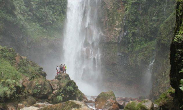 cerita mistis mitos curug seribu gunung bunder