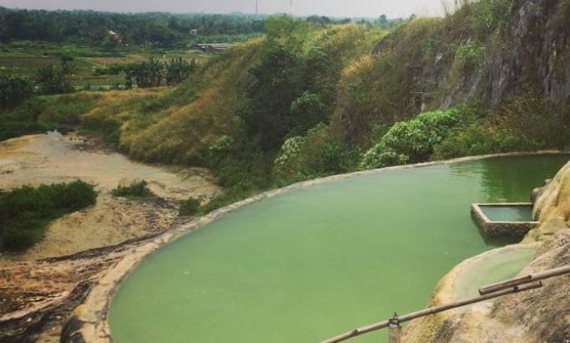 wisata air panas ciseeng parung