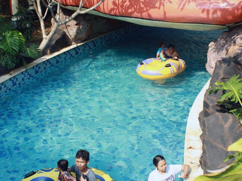 Tempat Bermain Air Anak Di Water Kingdom Mekarsari Cileungsi